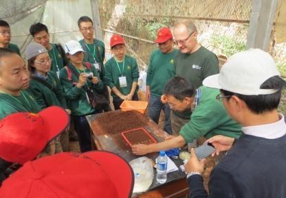 Our arborist Martyn Dickson teaching seed sowing at Kunming BG horticulture course.