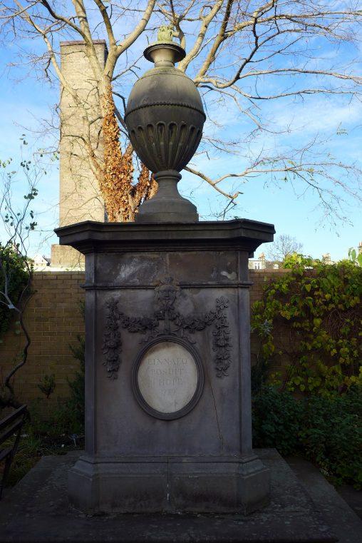 Linnaeus Monument