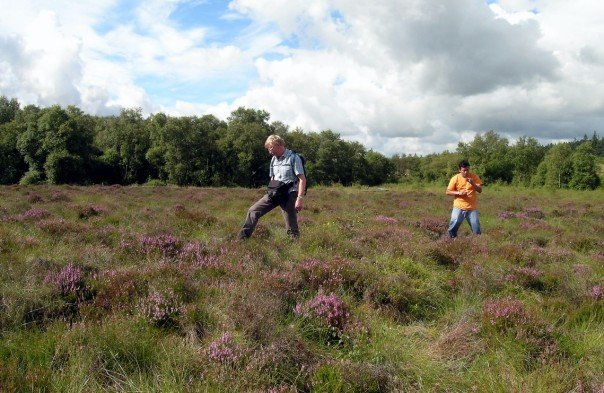 David Long and Juan Carlos Villarreal hunt for liverworts at Balerno Moss (2007) - photograph by Laura Forrest