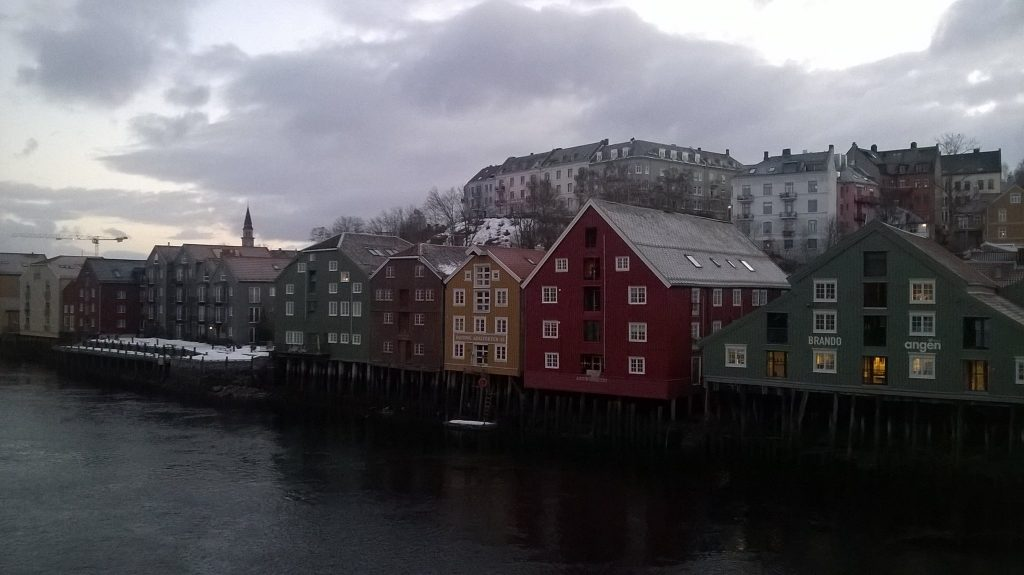 Trondheim, by the river